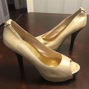 Michael Kors Miami gold peep toe open toe pumps